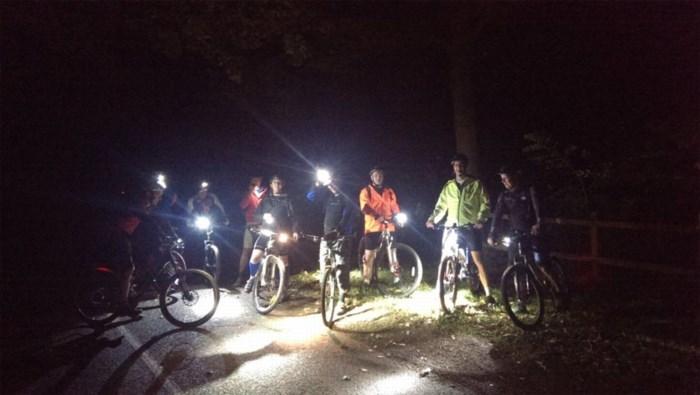 Politie beboet 63 jongeren met slechte fietsverlichting