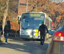 Noodoproep van buschauffeur na vechtpartij tussen jeugdige liefdesrivalen