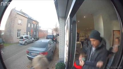 Politie haalt ontvoerde jongen (9) aan handen en voeten weg bij moeder