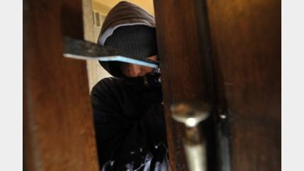 Drie jonge Nederlanders in cel voor woninginbraken