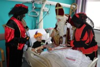 Sint bezoekt kinderafdeling az Vesalius