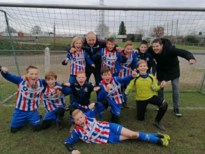 U12 FC Maasland spelen kampioen