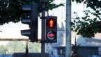 Steeds minder boetes voor voetgangers die oversteken bij rood