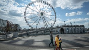 Reuzenrad Winter in Antwerpen stilgelegd na stroompanne