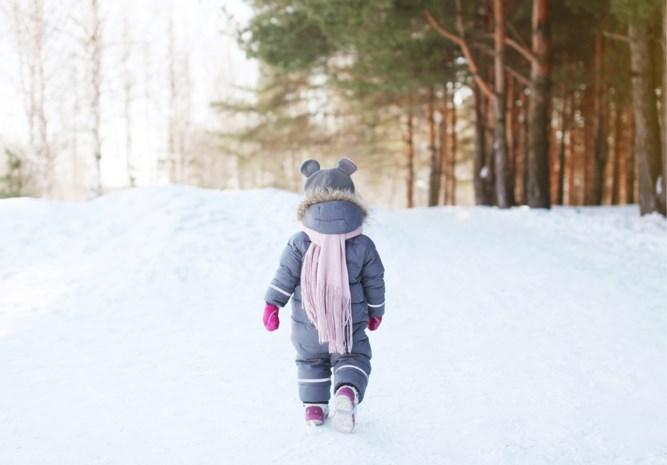 Kleuter (5) brengt baby in vrieskoude naar buren in Alaska nadat ze zijn achtergelaten