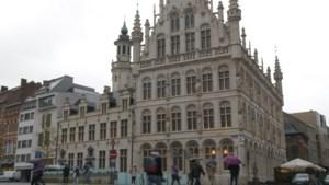 Leuven wil auto's van sultan Oman weg van de Grote Markt
