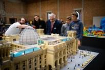 Prins Laurent en zonen bezoeken Lego-expo