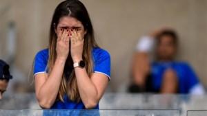 Tranen, ongeloof en rellen nadat topclub Cruzeiro voor het eerst degradeert in Brazilië