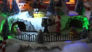 Kerstdorp vult al voor vijftiende jaar op rij hele woonkamer in Hoeselt