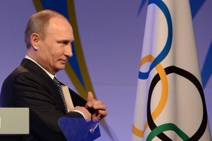 """Poetin hekelt """"politiek gemotiveerde"""" beslissing om Rusland uit te sluiten op Olympische Spelen"""