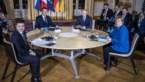 Poetin en Zelenski voor het eerst samen aan tafel