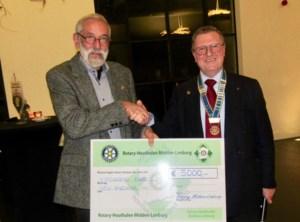 Rotary Midden-Limburg schenkt cheque van 5.000 aan Bodhi-project