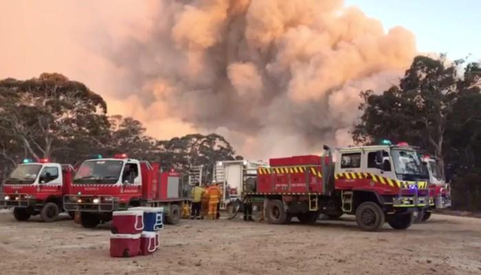 Gevaarlijke toxische wolk door bosbranden in Australië schuift op