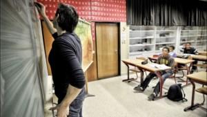 Docenten trekken aan alarmbel: overal gesnoeid in uren Frans ten voordele van Engels