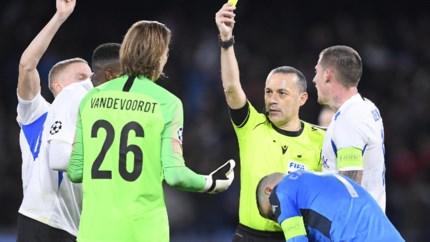 """De Vlieger verdedigt Vandevoordt: """"Ervaren keeper is ook niet foutloos"""""""