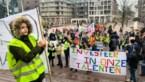 Jongeren manifesteren tegen besparing in Genk
