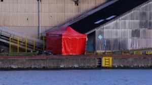 62-jarige bromfietser overleden na klap tegen betonblok in Hasselt