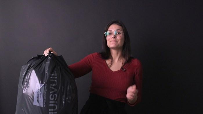 Is de nieuwe vuilniszak gemakkelijker te sluiten? Wij deden de test