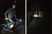Robby fietste vannacht 100 km door de bomen