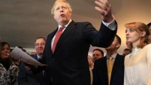 """Boris Johnson maakt belofte over Brexit: """"Krijgen het zeker voor Kerstmis gedaan"""""""
