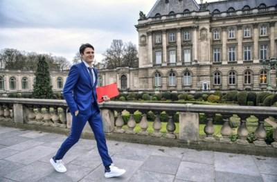 Voorzitter Conner Rousseau (sp.a) mag blijven zetelen in het Vlaams Parlement