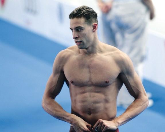 Pieter Timmers wint 100 meter vrije slag