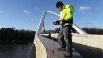 Nieuwe kanaalbrug in Eigenbilzen uitvoerig getest op stabiliteit