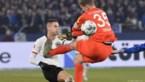 Schalke 04-doelman torpedeert doorgebroken tegenstander van Frankfurt (die er nog mee kan lachen)