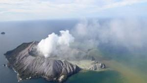 """Na vulkaanuitbarsting Nieuw-Zeeland: """"Lichamen vermoedelijk naar zee afgedreven"""""""