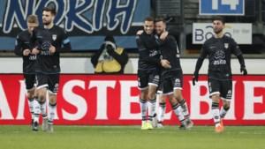 Cyriel Dessers blijft maar scoren in Nederland: al twaalf doelpunten van de spits van Heracles