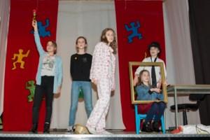 Zesdejaars Vrije Basisschool As brengen het Warmste Optreden