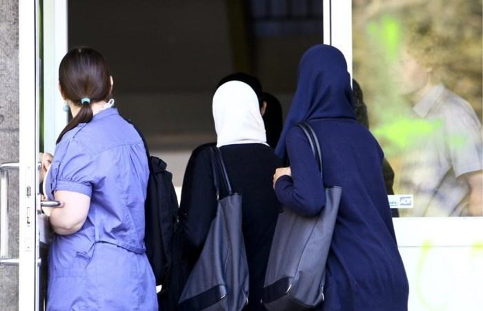 Hof van beroep beslist: hoofddoekenverbod in Limburgse scholen is gerechtvaardigd