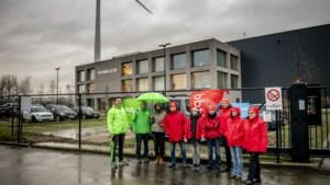 Werknemers Febelco in Heusden-Zolder staken omdat ze tot 20 uur moeten werken op kerstavond