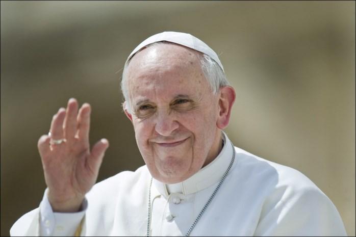 """Paus roept op """"veiligheid te garanderen"""" in het Midden-Oosten"""