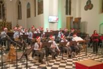 Fanfare De Heidegalm geeft kerstconcert in kerk van Kerkhoven