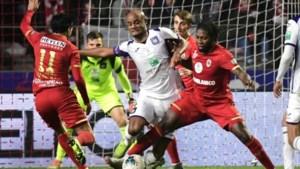 Anderlecht pakt punt tegen Antwerp maar schiet daar bitter weinig mee op