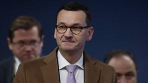 """Poolse premier beschuldigt Poetin van """"weloverwogen"""" leugens"""