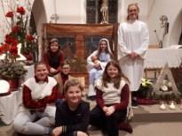 Vormelingen verzorgen de kerstviering