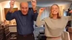 'Dancing With The Stars'-winnares Julie Vermeire test de dansheupen van haar vader