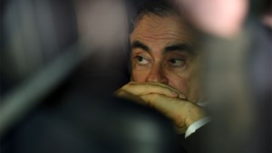 Japan vaardigt internationaal arrestatiebevel uit voor op de vlucht geslagen Nissan-baas Ghosn