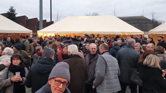Honderden Betsenaren wensen elkaar het beste op nieuwjaarsreceptie