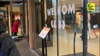 Man die alles kort en klein sloeg in gemeentehuis Houthalen zwaaide eerder met messen in Carrefour