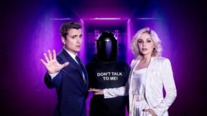 Destadsbader en Van den Steen presenteren 'The masked singer'