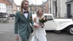 Bekijk hier kersvers echtpaar Maartje Van Neygen, dochter van zangduo Erik en Sanne, en haar Senne