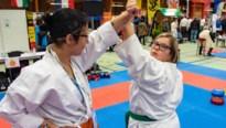 Medailleregen voor karateka's met beperking