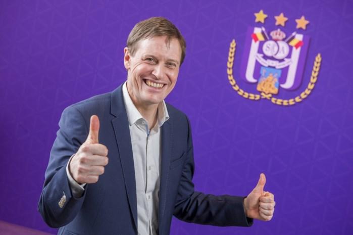 """Karel Van Eetvelt naar Anderlecht: """"Ik word eindverantwoordelijke voor alles"""""""
