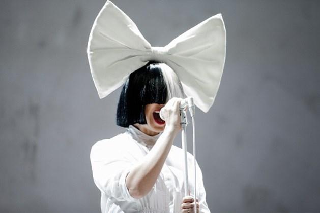 Popster Sia is voor het eerst mama geworden