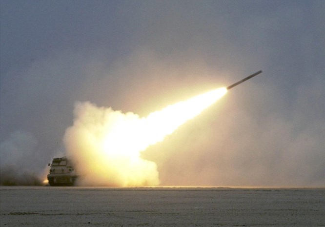 Twee Irakezen gewond bij raketaanval op basis met Amerikaanse troepen