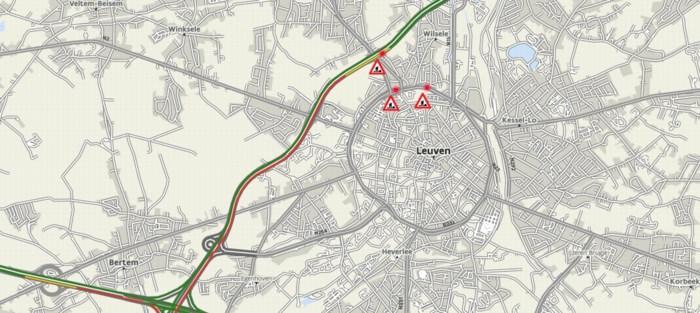 Nog twee moeilijke avondspitsen op E314 richting Limburg door zinkgat