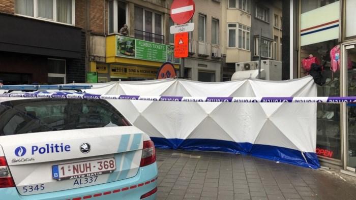 Roofmoord in centrum Antwerpen: man (55) doodgestoken in geldkantoor